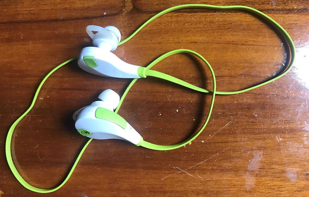 Wireless Bluetooth Headphone for iPhone